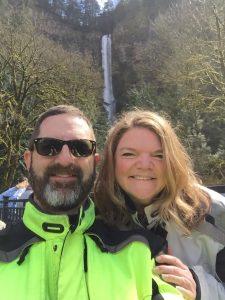 Eric & Justine - Multnomah Falls